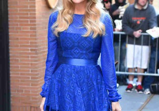 Pregnant Carrie Underwood Reveals Her Due Date! (VIDEO)
