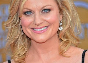 Amy Poehler Talks Girl Power in Ladies Home Journal: \