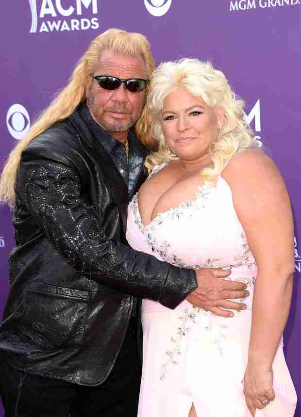 Dog the bounty hunter and wife beth chapman in hawaii hit for Dog the bounty hunter divorce beth