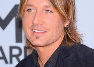 Keith Urban Cries at The Grammys During Macklemore\'s \