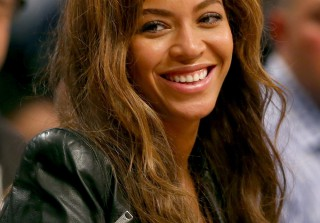 Beyonce Shares Fifty Shades of Grey Teaser, Featuring Her Own Voice (VIDEO)
