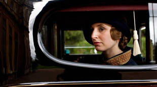 Downton Abbey Season 5 Spoiler: Will Edith Crawley Tell Her Family About Her Baby?