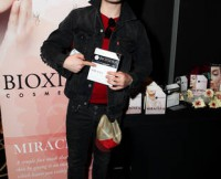 w310_Ed-Westwick-at-Bioxidea--2313978440148672129