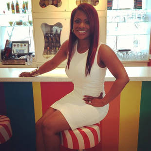 w310_Kandi-Burruss-Looks-Great-in-White--3458644613993784207