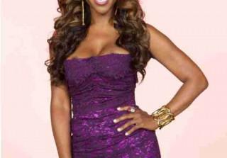 Kenya Moore Wins Rookie of the Year at Real Housewives Awards — Yay or Nay?