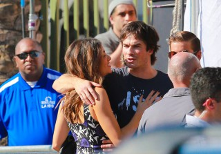 Ian Somerhalder and Nikki Reed Kiss at 2014 Teen Choice Awards (PHOTOS)