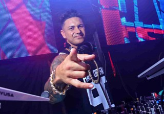 "Pauly D Releases New Single ""No Tomorrow"" — Hear It Now! (VIDEO)"