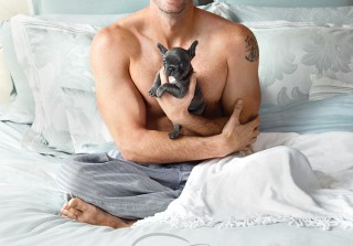 Scandal\'s Scott Foley Goes Shirtless — With a Puppy! (PHOTOS)