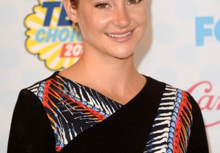 Shailene Woodley Debuts Bright Blond Hair — See Her New Look! (PHOTOS)