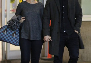 Pregnant Ginnifer Goodwin Shows Off Baby Bump and Engagement Ring at Airport (PHOTOS)