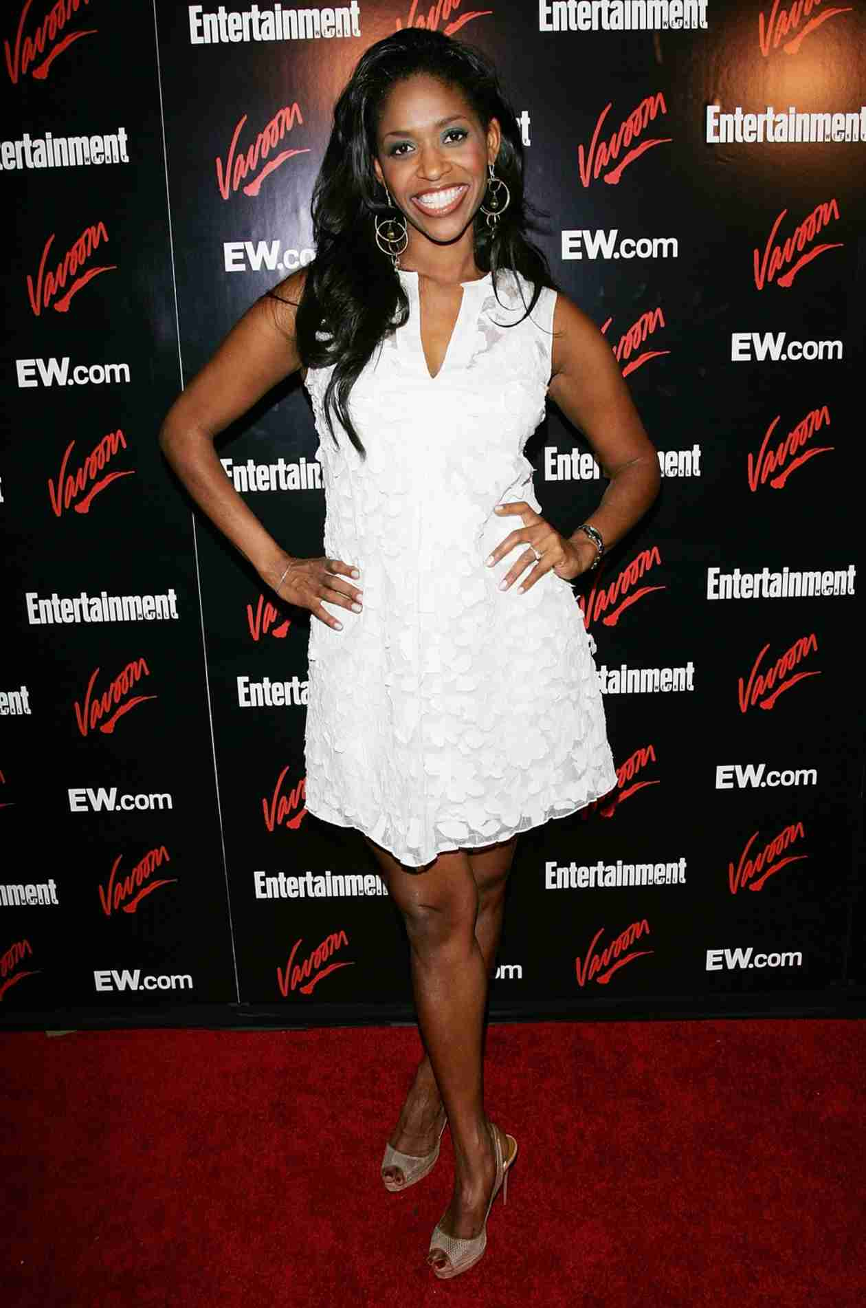 Once Upon A Time Spoiler Merrin Dungey Cast As Ursula