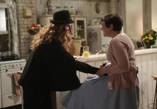 """Once Upon a Time Season 3, Episode 15 Quotes: """"Dumber Than a Box of Hair"""""""