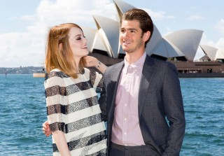 Are Emma Stone and Andrew Garfield Engaged? (VIDEO)