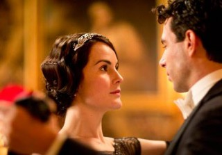 Downton Abbey: You Can Now Rent Mary Crawley\'s Wedding Tiara!