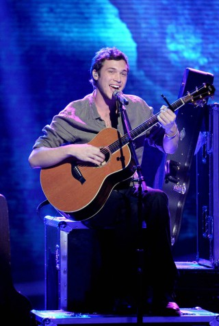 w630_Phillip-Phillips-Performs-on-May-16-2012--2026433163981651947