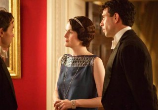 Lady Mary Crawley to Take a Lover? Season 5 Spoiler Alert! (VIDEO)