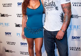 Check Out JWOWW\'s Fiancé, Roger Mathews, Without Muscles! (PHOTO)