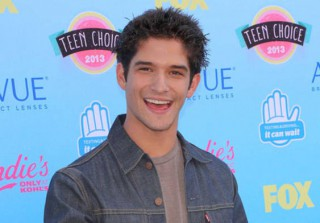 Teen Choice Awards Are Rigged?! Stars Reveal Truth, Angry Fans Lash Out (VIDEO)