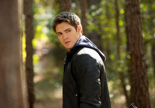 Vampire Diaries: 5 Ways Jeremy Could Cover Up His Return From the Dead