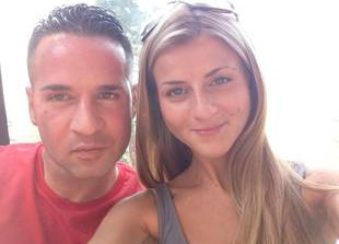 The Situation Goes on Romantic Getaway With Girlfriend (PHOTOS)