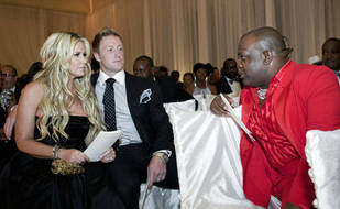 Watch NeNe Leakes and Kim Zolciak Reunite at NeNe's Wedding (VIDEO)