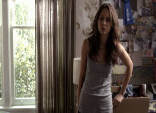 Preview Clip of Pretty Little Liars Season 3, Episode 18: Spencer Hides the Truth (VIDEO)