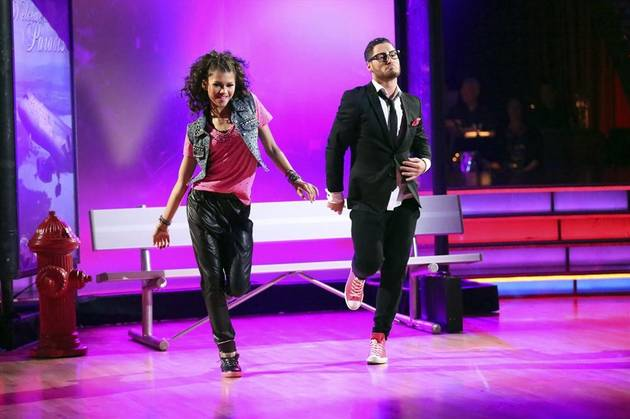 val chmerkovskiy and zendaya meet gre