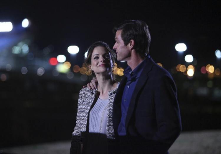 KIMBERLY WILLIAMS-PAISLEY, ERIC CLOSE