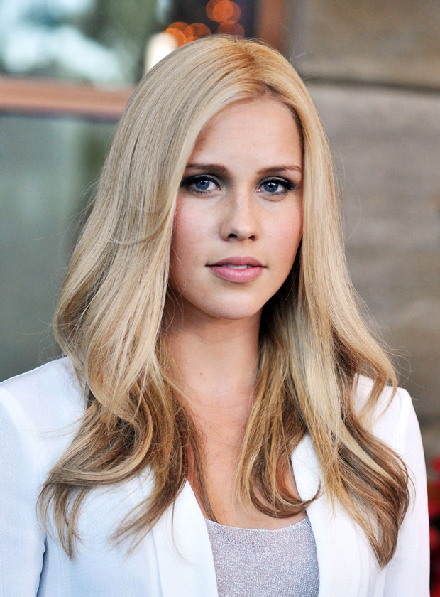Kate Winslet Age >> The Originals Star Claire Holt Reveals Her Surprising TV Crush!