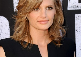 Stana Katic Shows Off Her Long Legs at The Lone Ranger Premiere (PHOTOS)