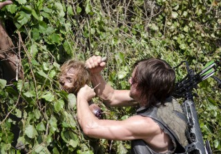How Do Actors Play Walkers? 3 Weird Fan Questions Answered