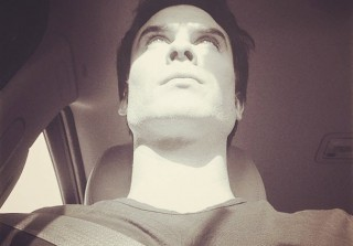 "Ian Somerhalder ""Sweating My Ass Off"" in Season 5 Behind-the-Scenes Photo"
