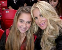 w630_Ariana-and-Kim-Zolciak-Watch-a-Falcons-Game-3489274236122846590