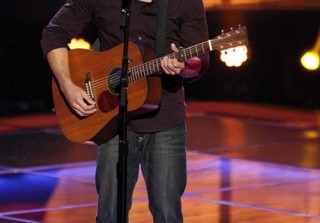 "Watch Duncan Kamakana Sing ""Home"" on The Voice 2013 Blind Auditions (VIDEO)"