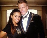 w630_Sean-Lowe-and-Catherine-Giudici-Matching-Outfits--1602569153518849059