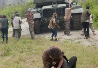 The Walking Dead Season 4: Behind the Scenes of the Mid-Season Finale (VIDEO)