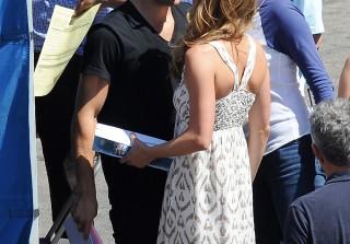 Emily VanCamp and Boyfriend Josh Bowman Kiss on Revenge Set