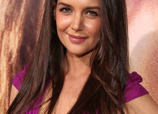 Katie Holmes to Become the New Face of Bobbi Brown Makeup