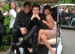 """Glee Season 3 Finale: Lea Michele Teases """"Very Big Cliffhanger""""! Plus, Chris Colfer on Bittersweet Last Scenes"""