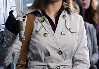 Dr. Brennan\'s Trench Coat Obsession on Bones