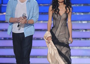 American Idol 2012 Recap of the Finale Performances on May 22, 2012: Jessica Sanchez and Phillip Phillips Battle for the Idol Crown