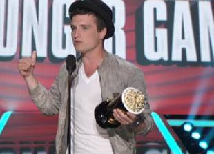 Watch Josh Hutcherson Accept MTV Movie Award for Best Male Performance (VIDEO)