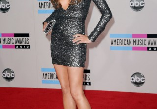 Anatomy of an Outfit: Stana Katic's Sexy Sequins