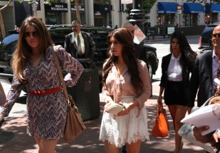 The Kardashians Jet-Set to Sears!