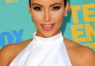 Kim Kardashian Tweets About Her Psoriasis