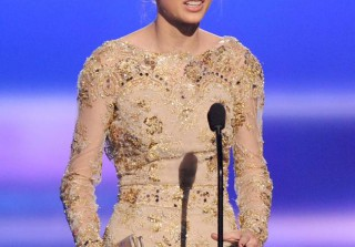 AMAs 2012: Taylor Swift Wins Favorite Country Artist, Surprising Zero People