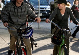 Spotted! The Secret Circle\'s Britt Robertson Bikes With Boy Toy (PHOTOS)