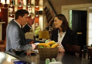 Bones Spoilers! Hart Hanson Talks Death, Babies, and Season 8