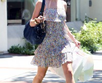 Rebecca Gayheart Shops For Baby Cloths For Little Billie Beatrice!