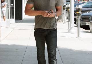 Hottie Photo Alert! Joe Manganiello Out and About in L.A.